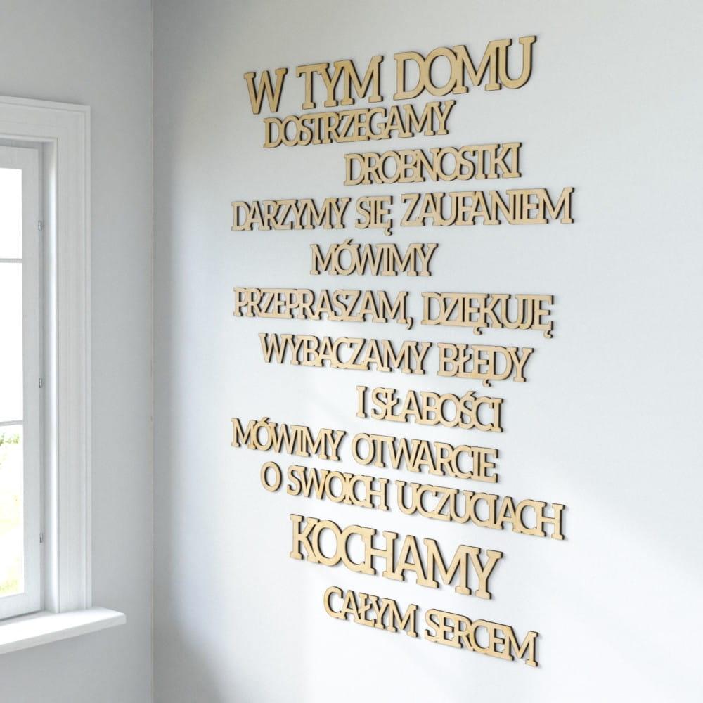 Napisy Na ścianę W Tym Domu Kochamy Całym Sercem